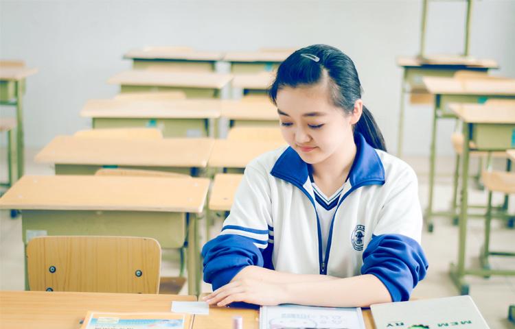 王梦涵-中国戏曲学院艺考老师