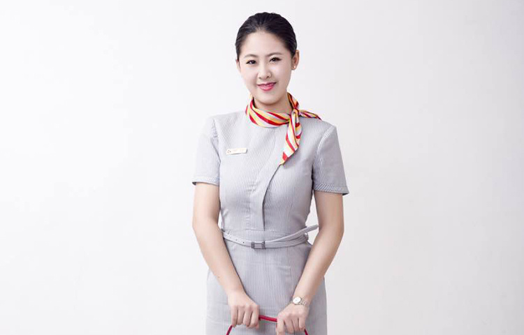 崔晓彤-中国民航大学艺考老师