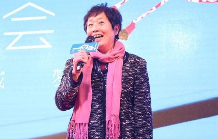 何炳珠-中央戏剧学院教授